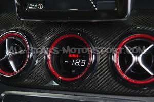 Reloj digital P3 Gauges para rejilla de ventilacion de Mercedes A45 AMG