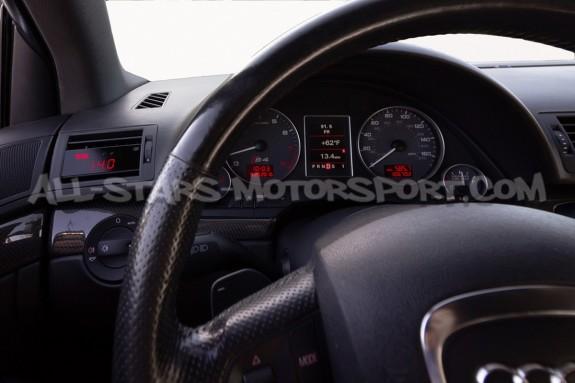 Reloj digital P3 Gauges para rejilla de ventilacion de Audi RS4 B7