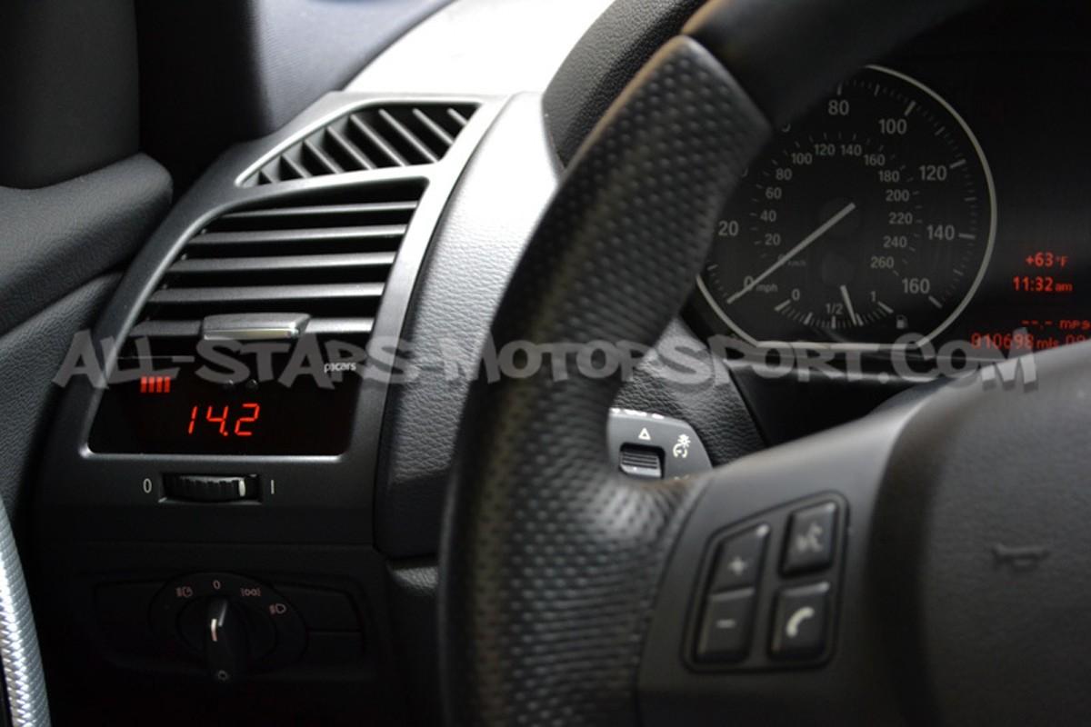 P3 Gauges Digital Vent Gauge for BMW 135i / 1M E8x